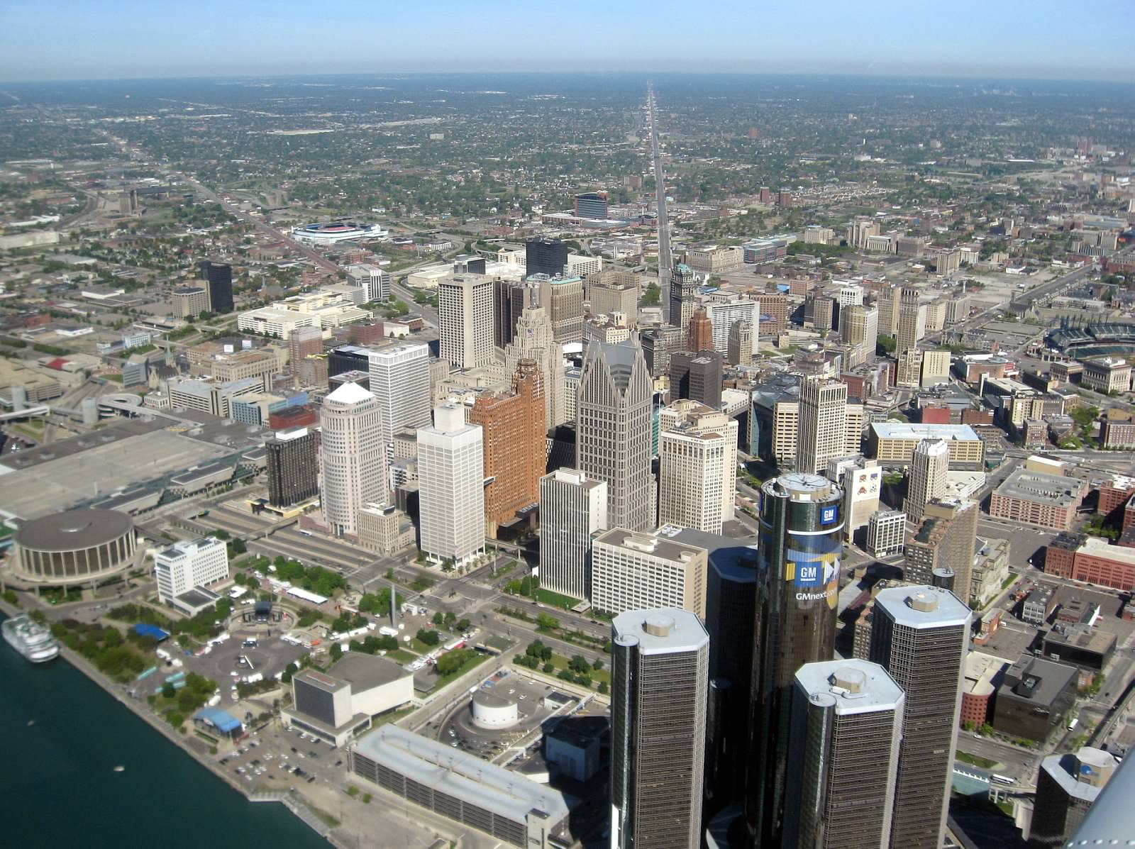 Aerial_View_of_Downtown_Detroit_and_Rennaissance_Center